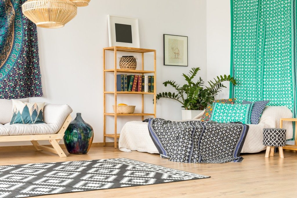 studio apartment in bohemian look